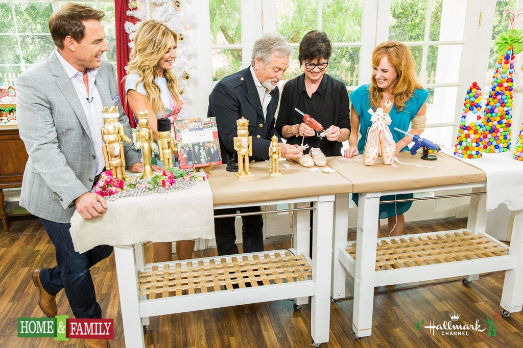 Home and Family 4214 Final Photo Assets
